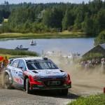Raliul Finlandei: Hyundai Motorsport, o zi plina de provocari