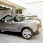 Conectivitatea automobilului, serviciile digitale şi parcarea autonomă