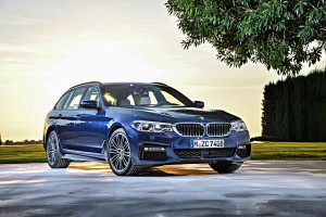 P90245023_lowRes_the-new-bmw-5-series