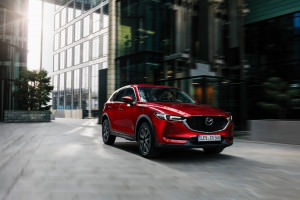 CX-5_Geneva_Action-1