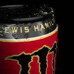 Lewis Hamilton, își unește forțele cu Monster Energy
