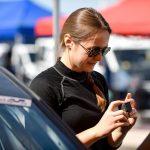 Cristiana Oprea, o discuție cu piloții Cupei DACIA