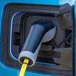 Vânzările BMW Group de automobile electrice au depăşit 50.000 de unităţi