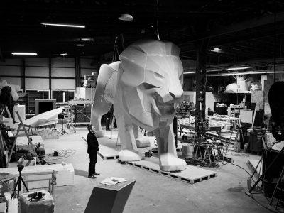 PEUGEOT prezintă o sculptură monumentală în formă de leu