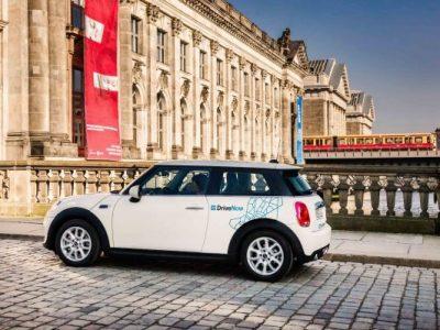 BMW Group şi Daimler AG îşi unesc serviciile de mobilitate