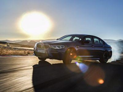 Noul BMW M5 primeşte titlul 'World Performance Car' 2018