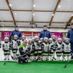 ŠKODA îi sponsorizează pe micuții jucători de hochei