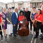 BMW CLASSICS a transformat Trafalgar Square pentru concertul public cu Sir Simon Rattle şi Orchestra Simfonică din Londra