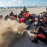 Road trip epic în Statele Unite cu monopostul de Formula 1