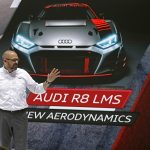 Premieră mondială la Paris: optimizarea maşinii de curse Audi R8 LMS pentru clienţi