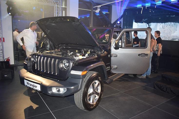 Jeep Wrangler (9)