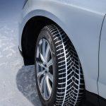 Totul despre anvelopele de iarnă: beneficii, reguli și când trebuie acestea schimbate