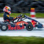 Piloții Aston Martin Red Bull Racing au început sezonul cu o cursă spectaculoasă pe gheață