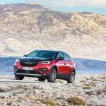 300 CP și tracțiune integrală: noul Grandland X Hybrid4 desăvârșește oferta de SUV-uri Opel