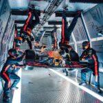 [VIDEO] Echipa Aston Martin Red Bull Racing a efectuat un pit stop istoric la 10.000 m altitudine, în gravitație zero