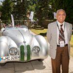 Legendarul pilot Marin Dumitrescu împlineşte astăzi 101 ani