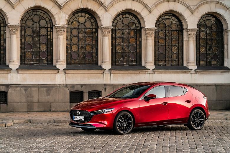 Mazda a primit șase premii IIHS Top Safety Pick+, cele mai multe dintre toți producătorii testați în 2020