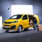 """Nou Opel Vivaro-e: """"E"""" pentru livrări fără emisii"""