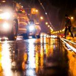 Conform unui nou sondaj, majoritatea șoferilor români întâmpină dificultăți în privința vizibilității noaptea