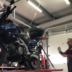 O soluție pentru reparația mașinii în service fără prezența proprietarului: constatarea video