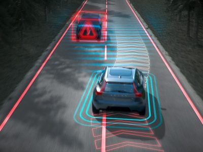 Noile tehnologii sprijină siguranța la volan