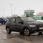"""Titlul """"Mașina Anului 2021 în România"""" a fost adjudecat de noile generații Dacia Logan/Sandero"""